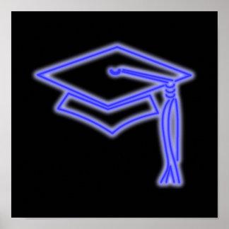 Azul de neón del casquillo del graduado póster