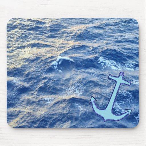 Azul del ancla de la agua de mar alfombrillas de raton