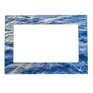 Azul del ancla de la agua de mar marcos magneticos de fotos