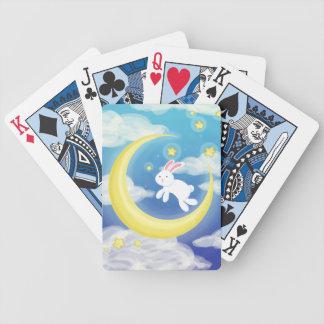 Azul del conejito de la luna barajas de cartas