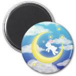 Azul del conejito de la luna iman de nevera
