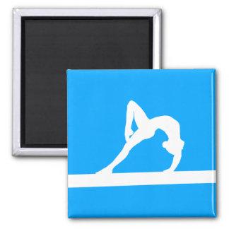 Azul del imán de la silueta del gimnasta
