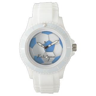 Azul del jugador de fútbol del chica con nombre reloj