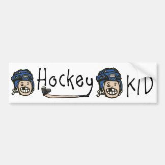 Azul del niño del hockey pegatina de parachoque