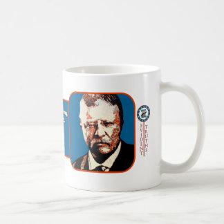 Azul del peluche - Theodore Roosevelt 1 Taza Básica Blanca