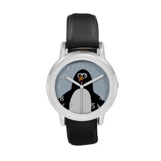 Azul del pingüino reloj de mano