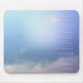 Azul del rezo de la serenidad más allá mousepads