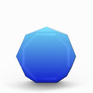 Azul eléctrico a la pendiente horizontal azul medi
