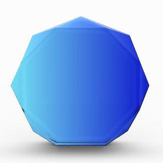Azul eléctrico a la pendiente vertical azul media
