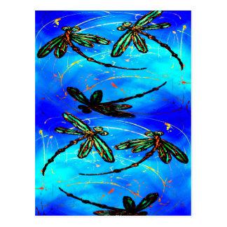 Azul eléctrico del revoloteo de la libélula tarjeta postal