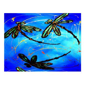 Azul eléctrico del revoloteo de la libélula tarjetas postales