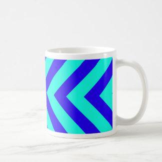 Azul en la taza del modelo de la turquesa V