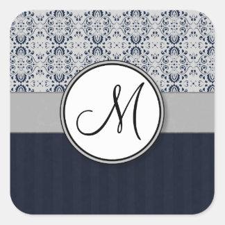 Azul en las rayas y el monograma de plata de la pegatinas cuadradas