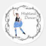 Azul escocés de Knotwork del Celtic del bailarín Pegatina Redonda