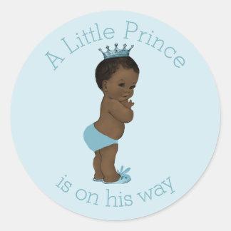 Azul étnico del príncipe fiesta de bienvenida al pegatina redonda