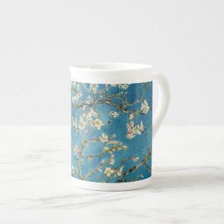 Azul floral del vintage de los flores de la taza de porcelana