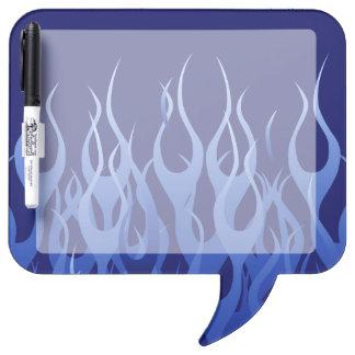 Azul fresco que compite con las llamas pizarras