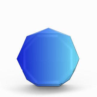 Azul medio a la pendiente vertical azul eléctrica