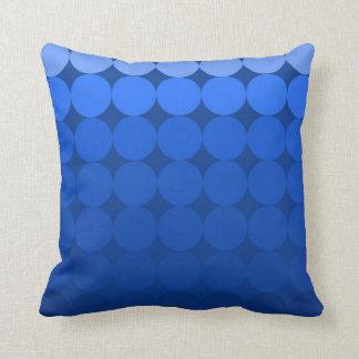 Azul moderno de la almohada de la pendiente del