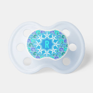 Azul náutico del monograma de las estrellas de mar chupete de bebe