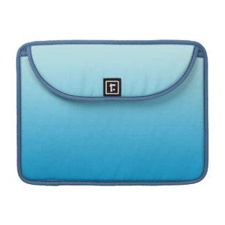 Azul Ombre de la aguamarina Fundas Para Macbook Pro