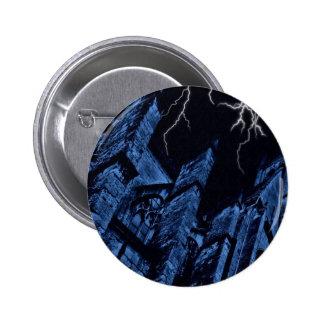 Azul oscuro gótico de la fantasía de la tormenta pin redondo de 2 pulgadas
