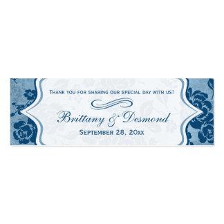 Azul polvoriento, etiqueta floral blanca del favor tarjeta de visita