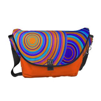 Azul retro y el naranja circunda el bolso del mode bolsa de mensajeria