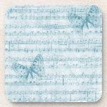Azul romántico musical de la mariposa posavasos de bebida