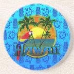 Azul Tiki de la puesta del sol de Hawaii Posavasos Diseño