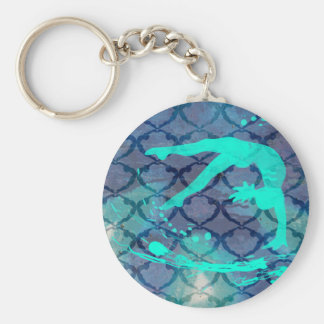 Azul tribal del modelo del gimnasta llavero redondo tipo pin