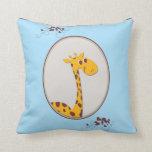 Azul y almohada del recuerdo del bebé de la jirafa