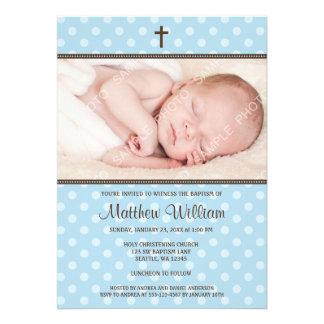 Azul y bautismo de la foto del muchacho de la cruz
