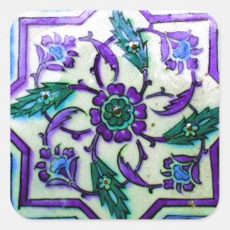 Azul y blanco con indirectas de la teja púrpura de pegatina cuadrada