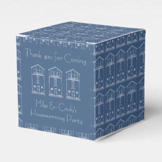 Azul y blanco del estreno de una casa del dibujo caja para regalo de boda