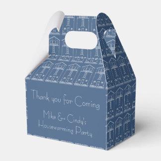 Azul y blanco del estreno de una casa del dibujo cajas para regalos