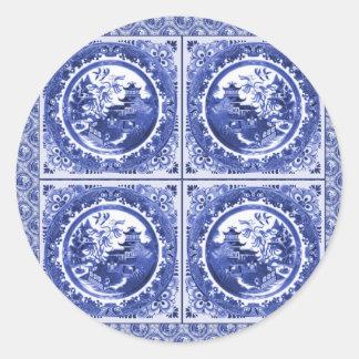 Azul y blanco, diseño del modelo del sauce etiqueta redonda