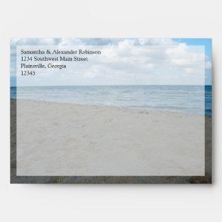 Azul y boda de playa del ~ de las arenas de Brown Sobre