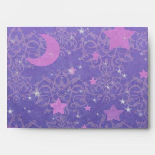 Azul y estrellas y lunas de la púrpura sobres