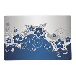 Azul y gris plateados Placemat laminado floral Salvamanteles