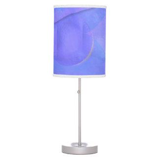 Azul y lavanda lámpara de mesa