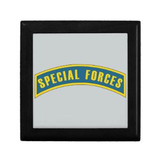 Azul y oro de la etiqueta de las fuerzas joyero cuadrado pequeño