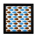 Azul y pescados de Brown en blanco Caja De Regalo