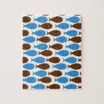Azul y pescados de Brown en blanco Rompecabezas