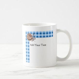 Azul y postre comprobado blanco de la tela escoces tazas de café