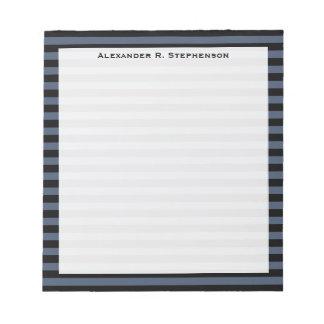 Azul y raya negra de los tejanos del monograma bloc de notas