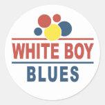 Azules blancos del muchacho etiqueta redonda