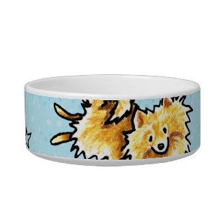 Azules cielos del modelo de Pomeranian Tazón Para Agua Para Gatos