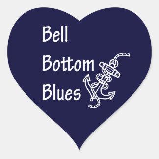 Azules de la parte inferior de Bell Pegatina En Forma De Corazón