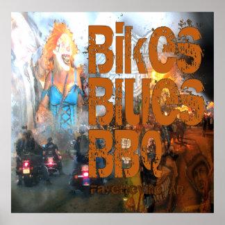 Azules de las bicis y poster del Bbq